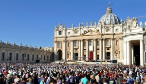 "VATICAN SIGNS ""PROVISIONAL AGREEMENT"" WITH CHINA"