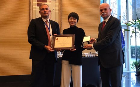 Li Wenzu (center) receives the 2019 Franco-German Human Rights and Rule of Law Award